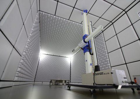 シールドルームとは外部からの電磁波の影響を受けず、かつ外部に電磁波を漏らさないように設計施工された部屋です。